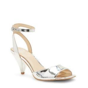 NWOB Vince Camuto Benatta Sandals
